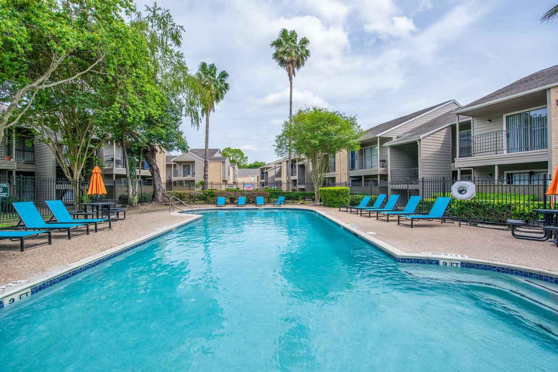Swimming pool at Morgan Bay apartments